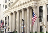 美联储维持利率不变,增加有关印钞速度定性指导
