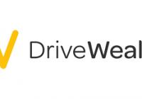 移动投资平台 DriveWealth 将从软银和 Insight Partners 融资至多 4 亿美元