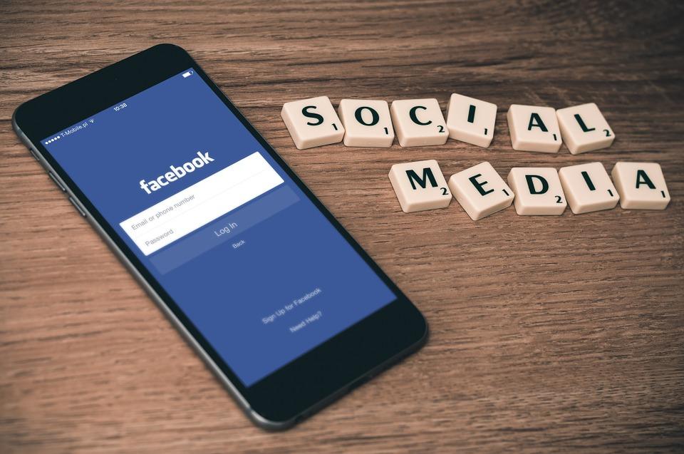social-media-763731_960_720.jpg