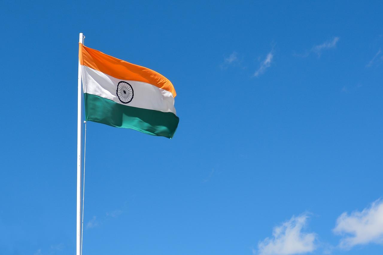 印度财政部长:目前印度没有法律明确禁止使用加密货币