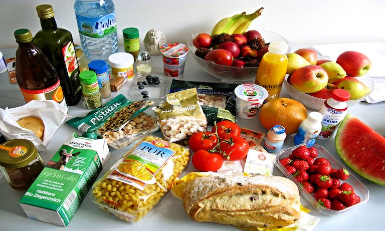 1600px-Tasty_Food_Abundance_in_Healthy_Europe