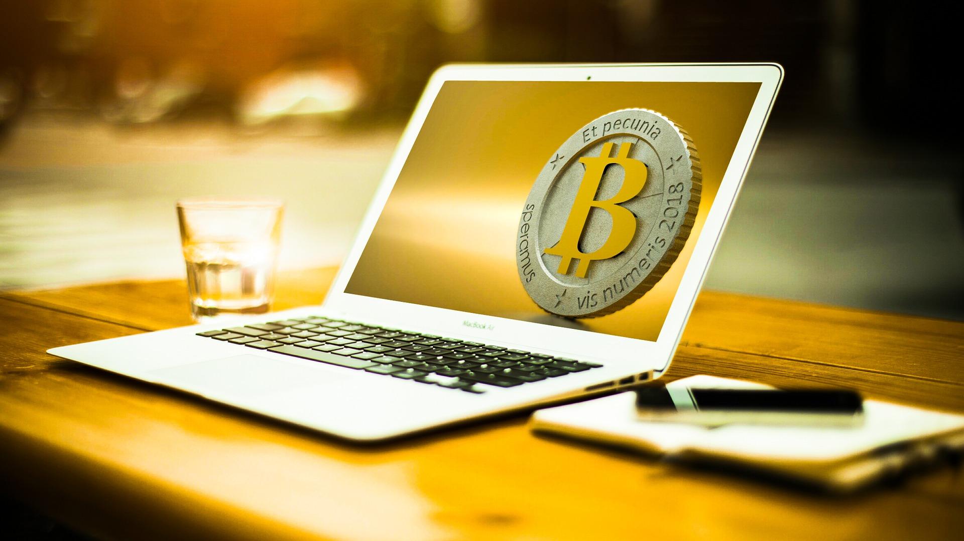 bitcoin-3090250_1920.jpg