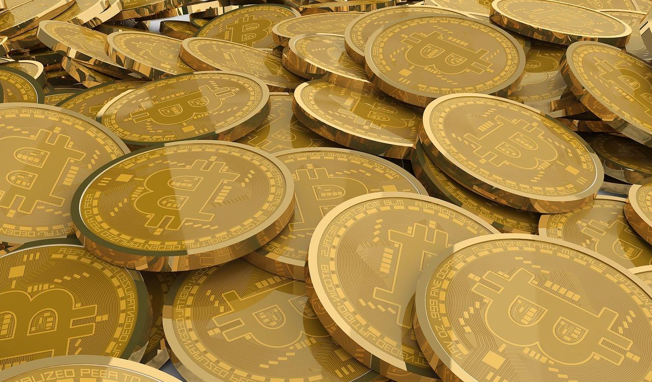 bitcoin-2921930_1280.jpg