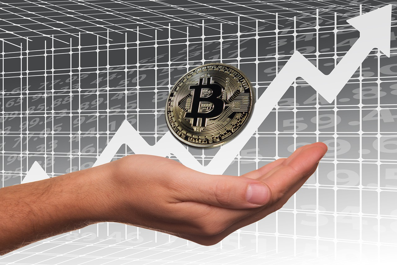 bitcoin-2643188_1280.jpg